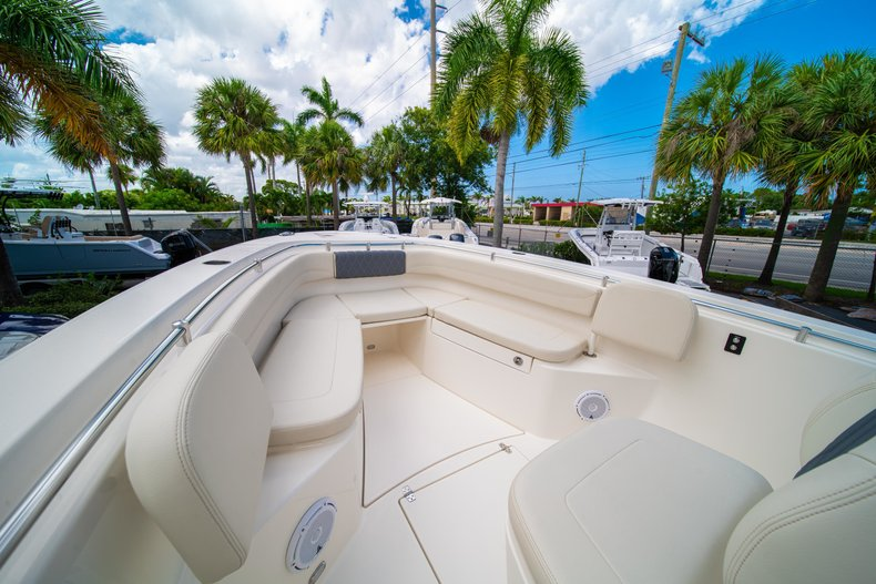 Thumbnail 37 for New 2019 Cobia 280 Center Console boat for sale in Miami, FL