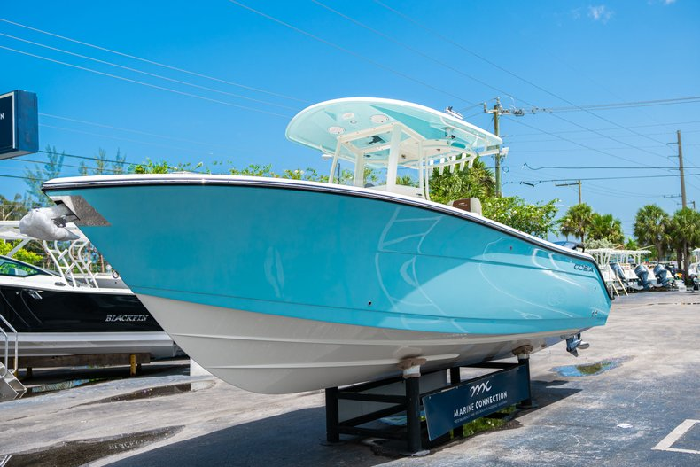 Thumbnail 3 for New 2019 Cobia 280 Center Console boat for sale in Miami, FL
