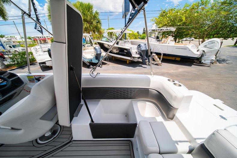 Thumbnail 11 for New 2020 Hurricane 218 SunDeck Sport OB boat for sale in West Palm Beach, FL