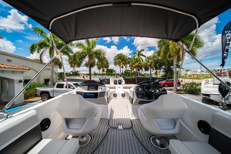 Thumbnail 8 for New 2020 Hurricane 218 SunDeck Sport OB boat for sale in West Palm Beach, FL