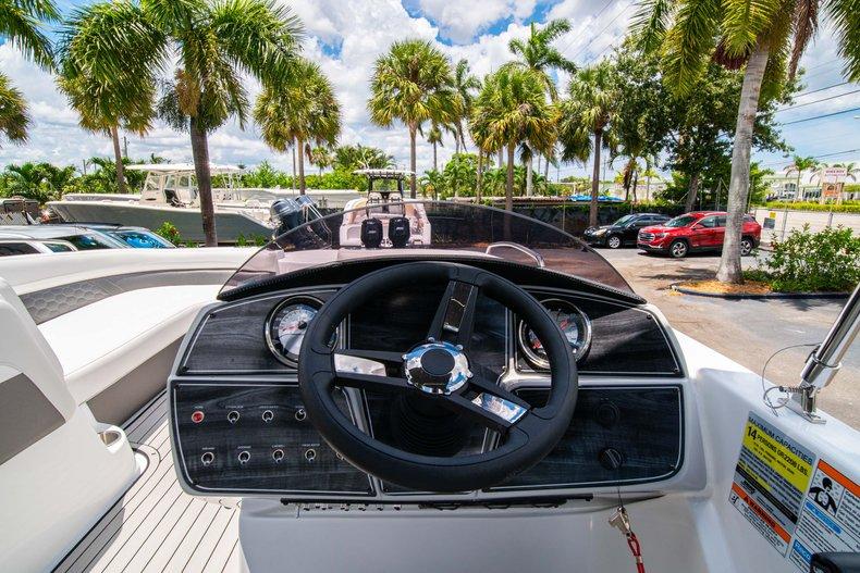 Thumbnail 14 for New 2020 Hurricane 218 SunDeck Sport OB boat for sale in West Palm Beach, FL
