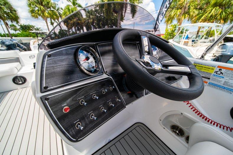 Thumbnail 15 for New 2020 Hurricane 218 SunDeck Sport OB boat for sale in West Palm Beach, FL