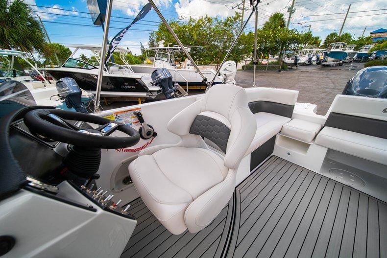 Thumbnail 21 for New 2020 Hurricane 218 SunDeck Sport OB boat for sale in West Palm Beach, FL