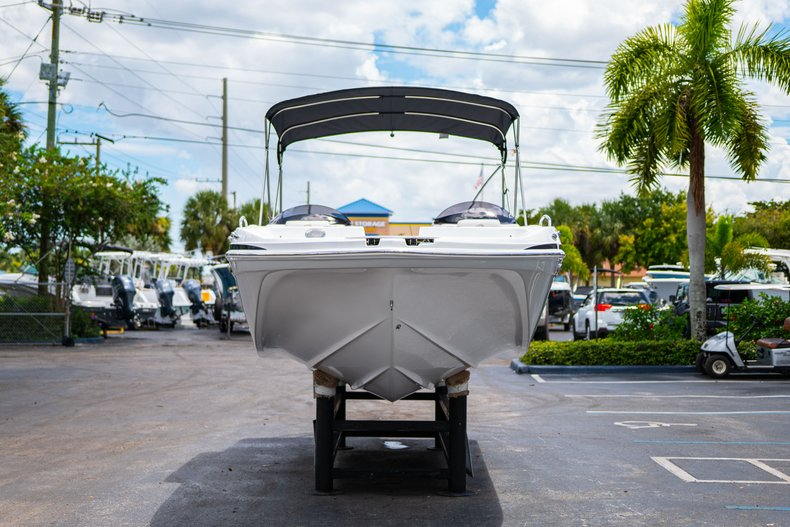 Thumbnail 2 for New 2020 Hurricane 218 SunDeck Sport OB boat for sale in West Palm Beach, FL