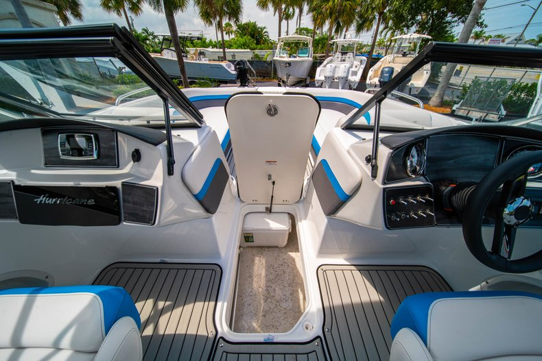 Thumbnail 22 for New 2020 Hurricane 217 SunDeck OB boat for sale in West Palm Beach, FL