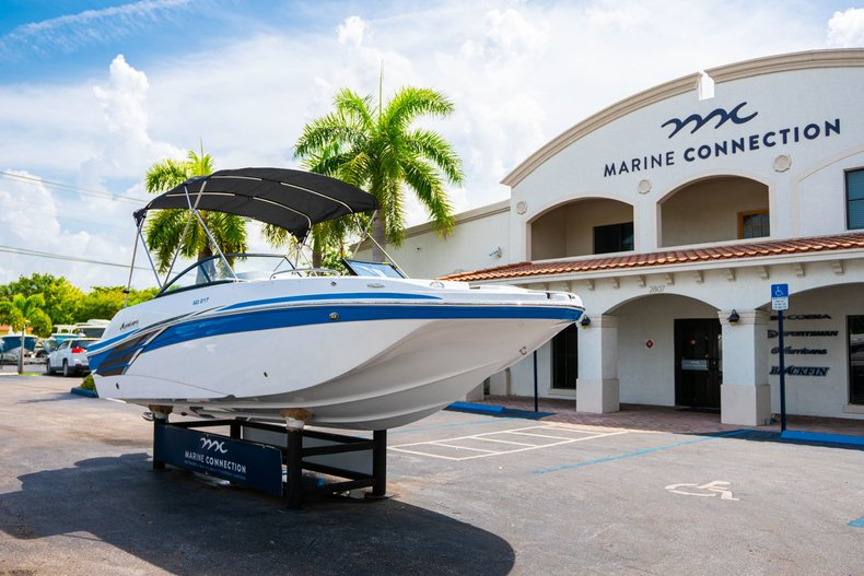 Thumbnail 1 for New 2020 Hurricane 217 SunDeck OB boat for sale in West Palm Beach, FL