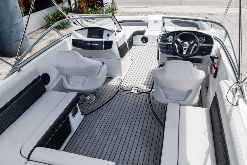 Thumbnail 12 for New 2020 Hurricane 217 SunDeck OB boat for sale in Fort Lauderdale, FL