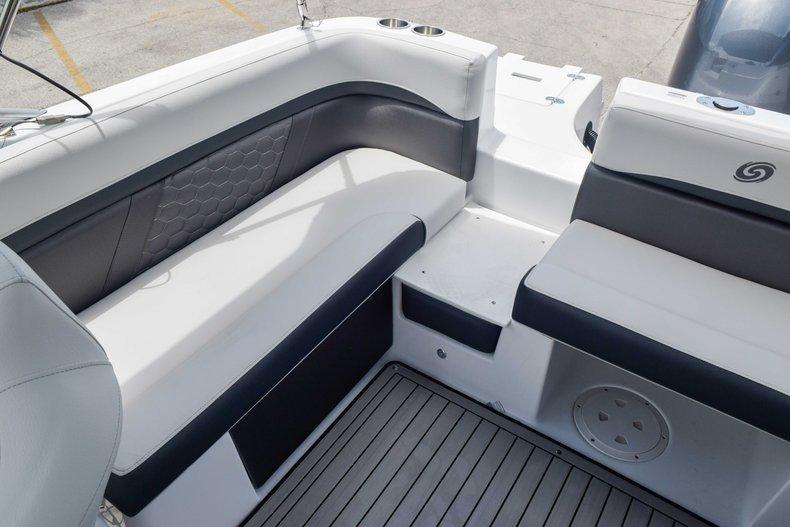 Thumbnail 13 for New 2020 Hurricane 217 SunDeck OB boat for sale in Fort Lauderdale, FL