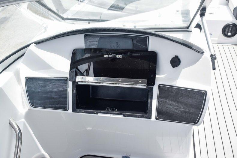 Thumbnail 30 for New 2020 Hurricane 217 SunDeck OB boat for sale in Fort Lauderdale, FL