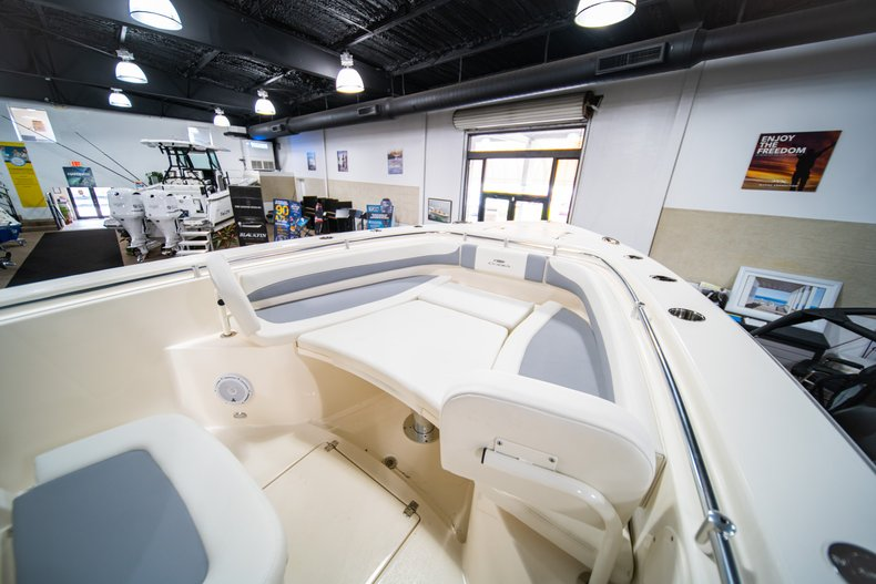 Thumbnail 26 for New 2019 Cobia 301 CC Center Console boat for sale in West Palm Beach, FL
