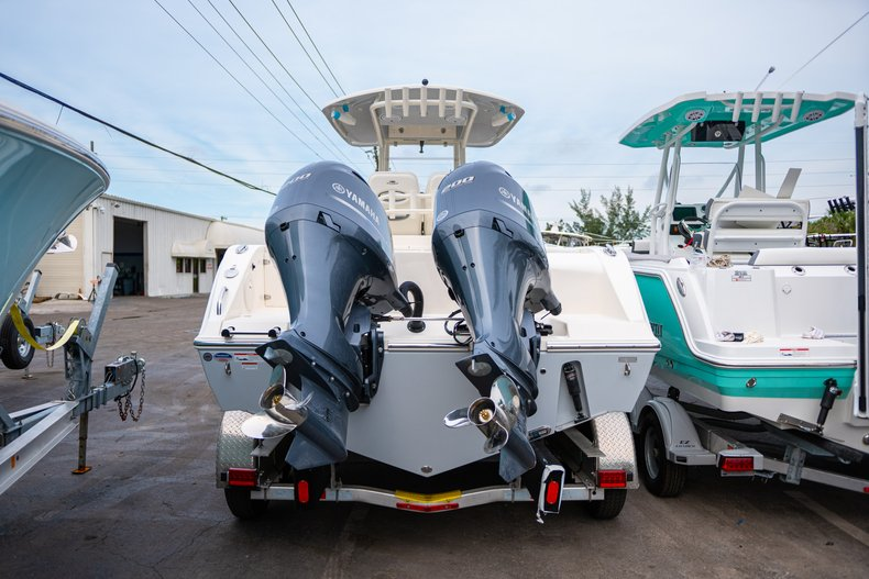 Thumbnail 3 for New 2019 Cobia 280 Center Console boat for sale in West Palm Beach, FL