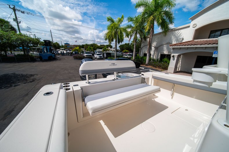 Thumbnail 14 for New 2019 Cobia 280 Center Console boat for sale in West Palm Beach, FL