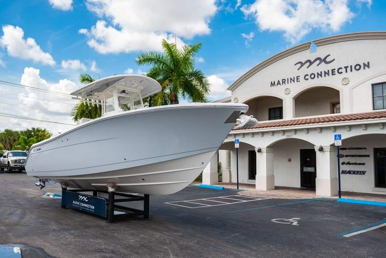 Thumbnail 1 for New 2019 Cobia 280 Center Console boat for sale in West Palm Beach, FL