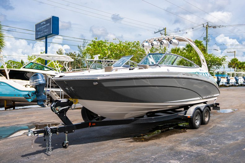 Thumbnail 3 for Used 2015 Yamaha 242 Limited S boat for sale in West Palm Beach, FL