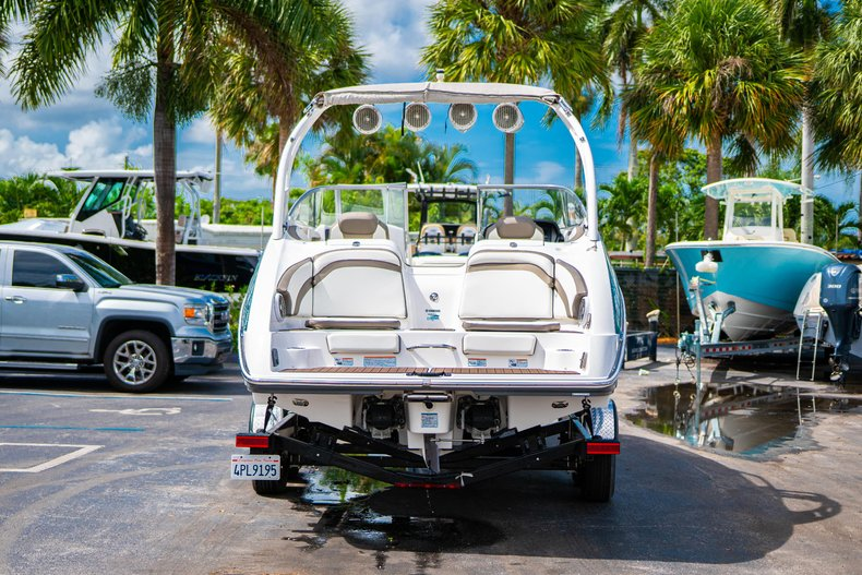 Thumbnail 6 for Used 2015 Yamaha 242 Limited S boat for sale in West Palm Beach, FL