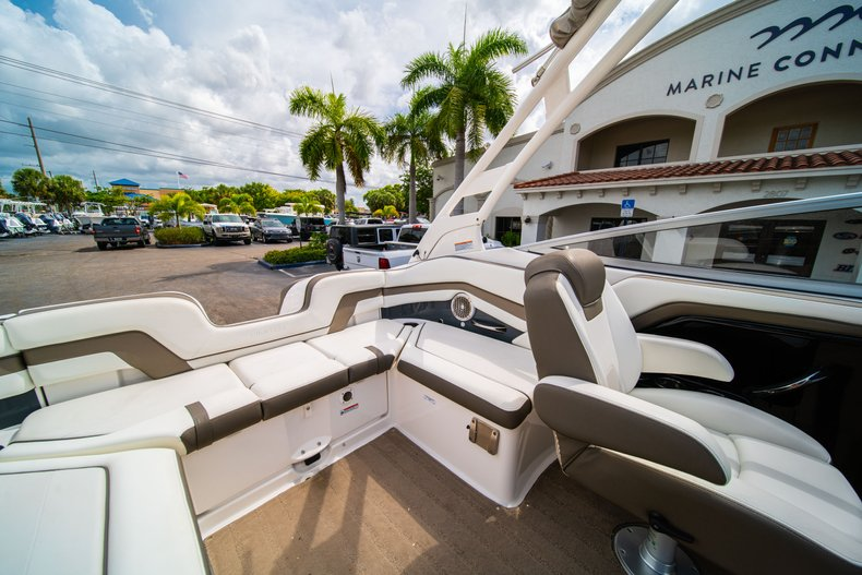 Thumbnail 17 for Used 2015 Yamaha 242 Limited S boat for sale in West Palm Beach, FL