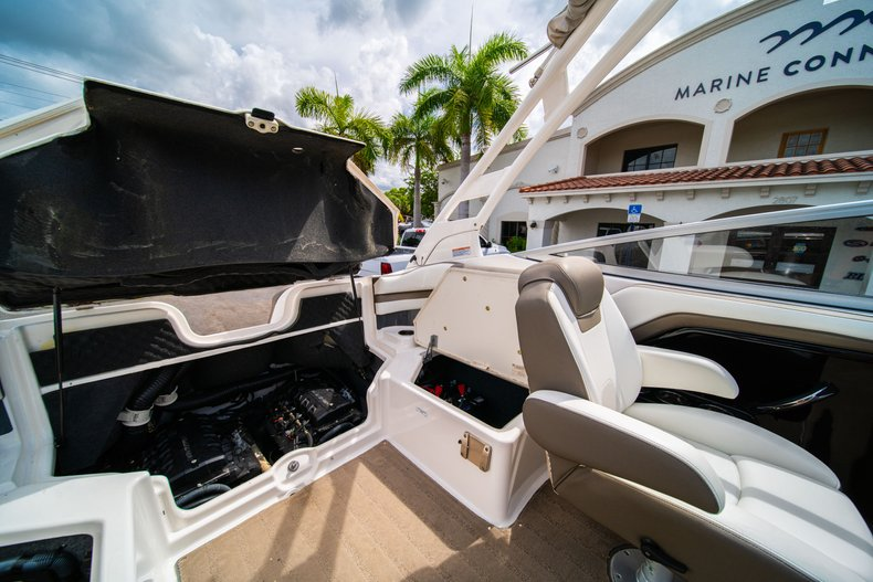 Thumbnail 18 for Used 2015 Yamaha 242 Limited S boat for sale in West Palm Beach, FL