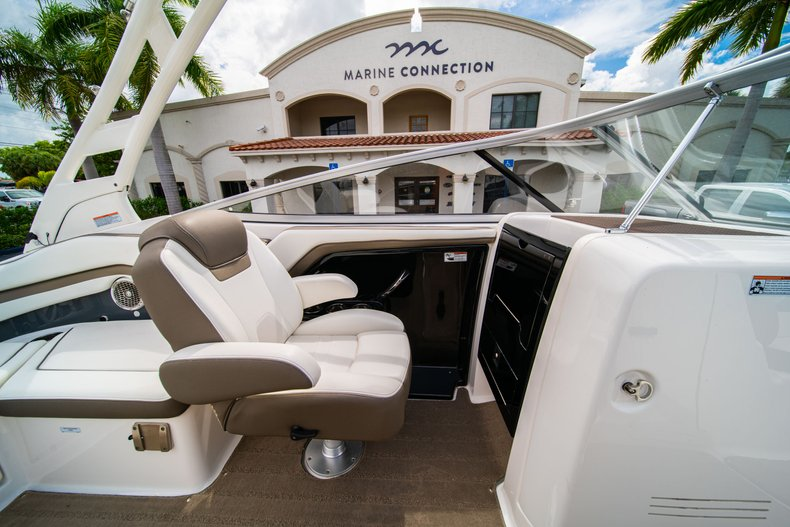 Thumbnail 24 for Used 2015 Yamaha 242 Limited S boat for sale in West Palm Beach, FL