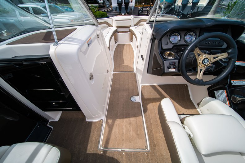 Thumbnail 25 for Used 2015 Yamaha 242 Limited S boat for sale in West Palm Beach, FL