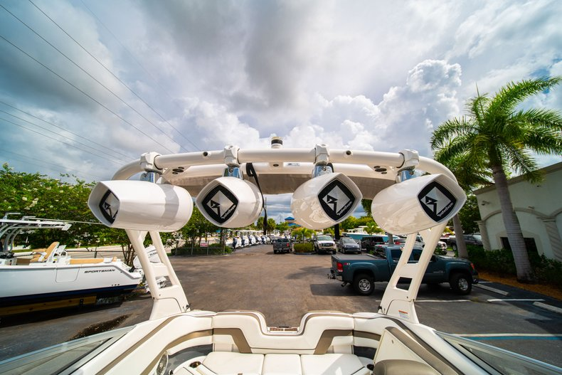 Thumbnail 33 for Used 2015 Yamaha 242 Limited S boat for sale in West Palm Beach, FL