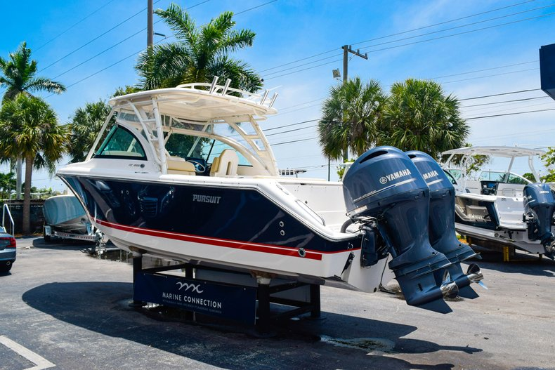 Thumbnail 5 for Used 2016 Pursuit DC 265 Dual Console boat for sale in West Palm Beach, FL