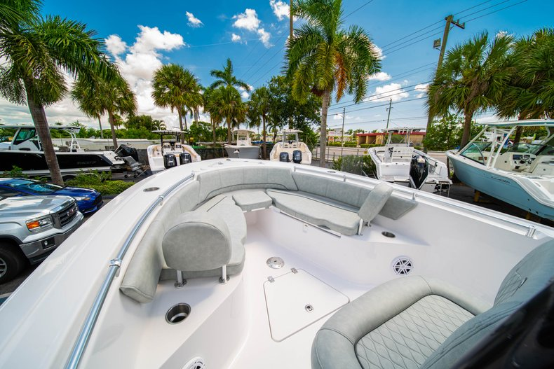 Thumbnail 34 for New 2019 Sportsman Open 242 Center Console boat for sale in West Palm Beach, FL