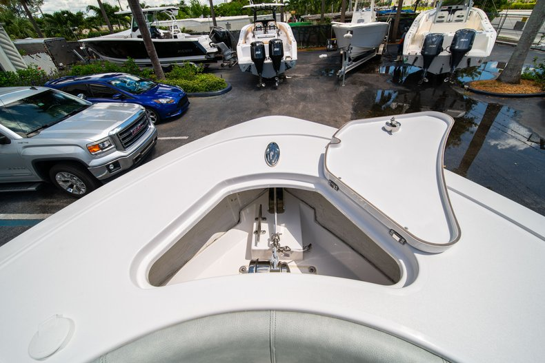Thumbnail 39 for New 2019 Sportsman Open 242 Center Console boat for sale in Fort Lauderdale, FL