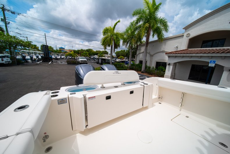 Thumbnail 14 for New 2019 Cobia 301 CC Center Console boat for sale in West Palm Beach, FL