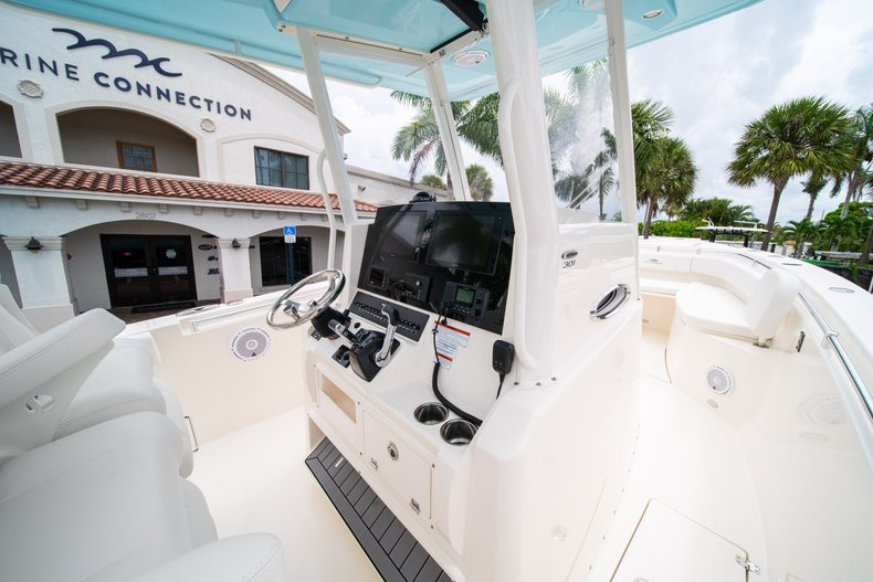 Thumbnail 24 for New 2019 Cobia 301 CC Center Console boat for sale in West Palm Beach, FL