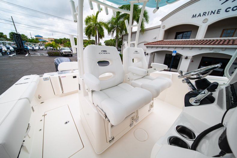 Thumbnail 32 for New 2019 Cobia 301 CC Center Console boat for sale in West Palm Beach, FL