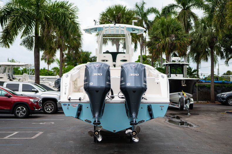 Thumbnail 6 for New 2019 Cobia 301 CC Center Console boat for sale in West Palm Beach, FL