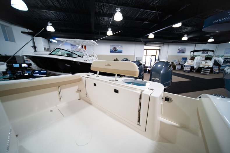 Thumbnail 10 for New 2020 Cobia 280 Center Console boat for sale in West Palm Beach, FL