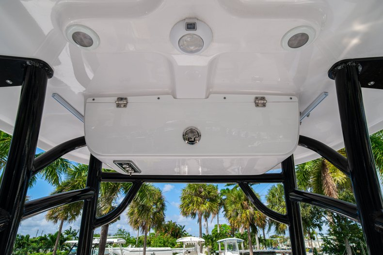 Thumbnail 25 for New 2020 Sportsman Heritage 231 Center Console boat for sale in West Palm Beach, FL
