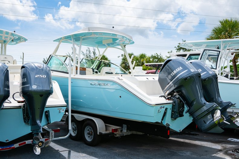 Thumbnail 2 for New 2019 Cobia 280 DC Dual Console boat for sale in West Palm Beach, FL