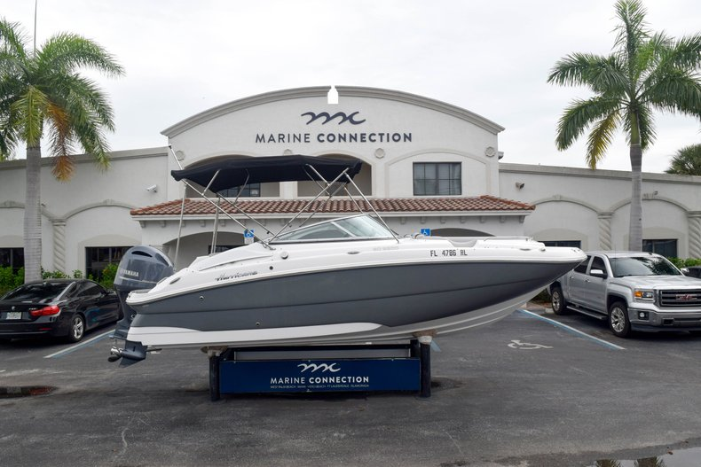 Used 2018 Hurricane SunDeck SD 2200 OB boat for sale in West Palm Beach, FL