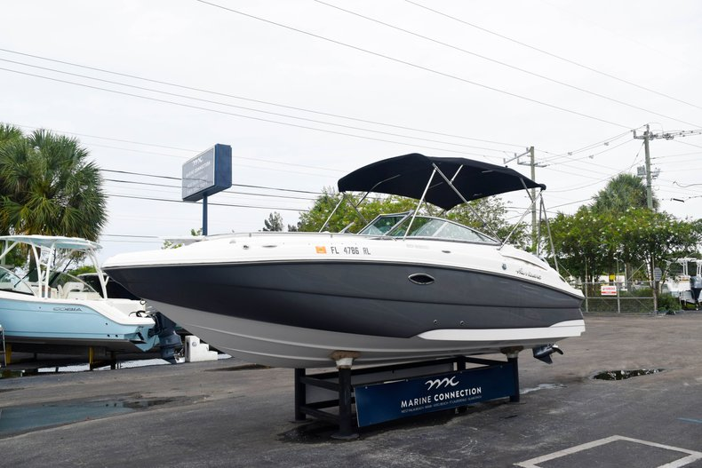 Thumbnail 3 for Used 2018 Hurricane SunDeck SD 2200 OB boat for sale in West Palm Beach, FL