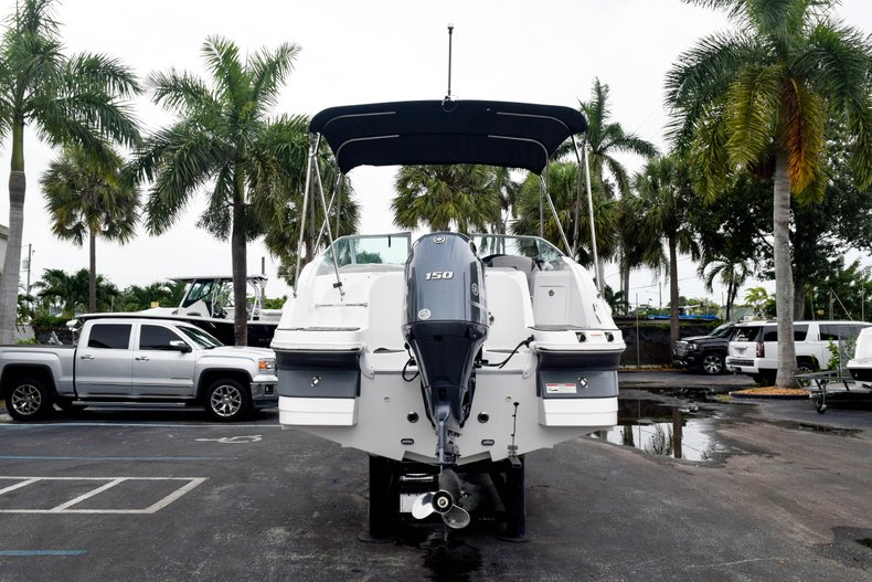 Thumbnail 6 for Used 2018 Hurricane SunDeck SD 2200 OB boat for sale in West Palm Beach, FL