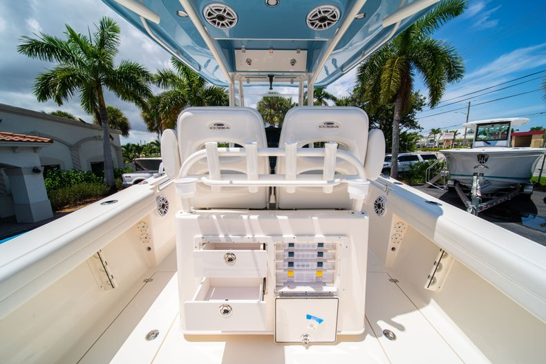 Thumbnail 12 for New 2020 Cobia 280 Center Console boat for sale in West Palm Beach, FL