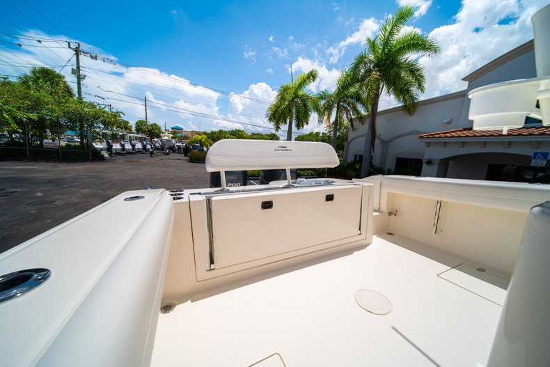 Thumbnail 13 for New 2020 Cobia 280 Center Console boat for sale in West Palm Beach, FL