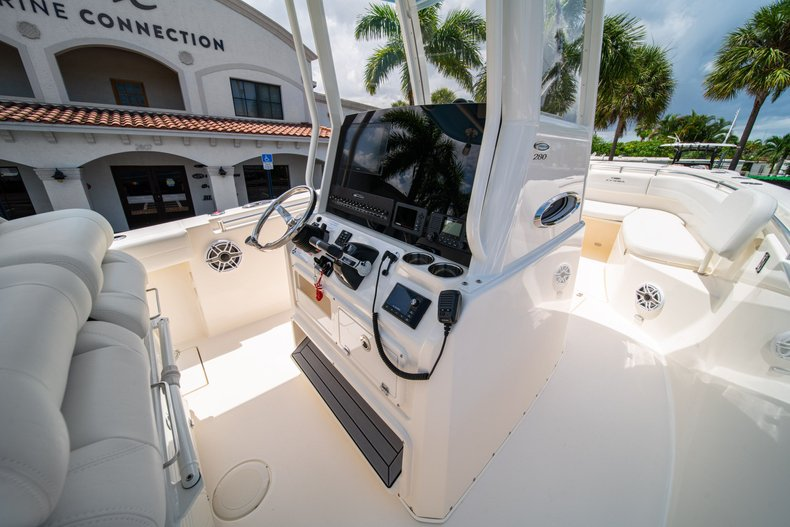 Thumbnail 21 for New 2020 Cobia 280 Center Console boat for sale in West Palm Beach, FL