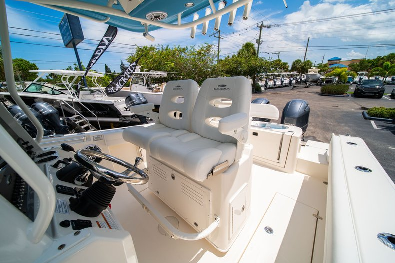 Thumbnail 29 for New 2020 Cobia 280 Center Console boat for sale in West Palm Beach, FL