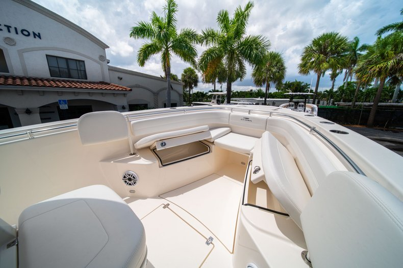 Thumbnail 31 for New 2020 Cobia 280 Center Console boat for sale in West Palm Beach, FL