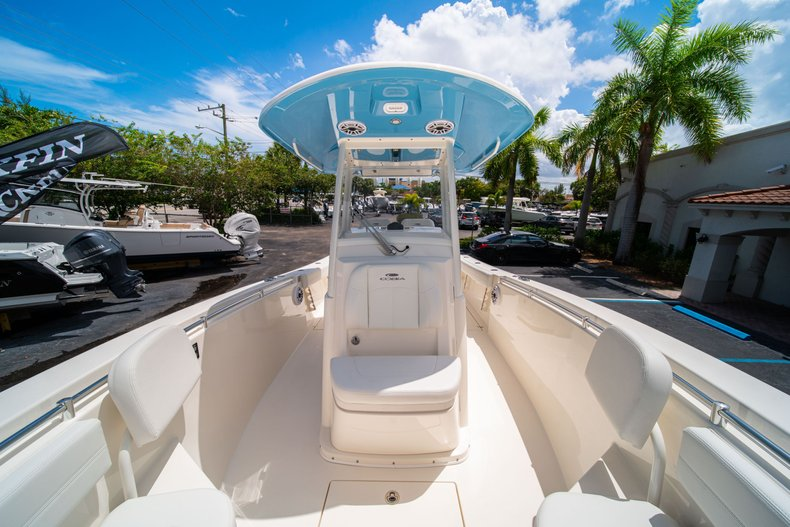 Thumbnail 36 for New 2020 Cobia 280 Center Console boat for sale in West Palm Beach, FL