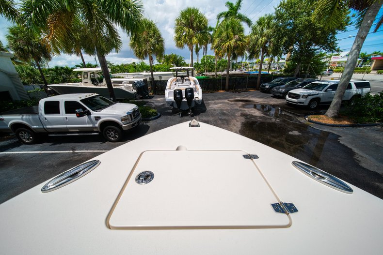 Thumbnail 34 for New 2020 Cobia 280 Center Console boat for sale in West Palm Beach, FL
