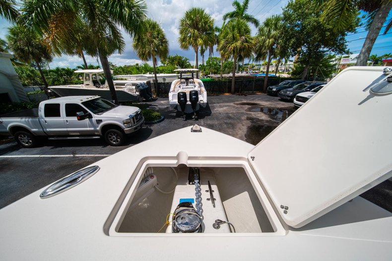 Thumbnail 35 for New 2020 Cobia 280 Center Console boat for sale in West Palm Beach, FL