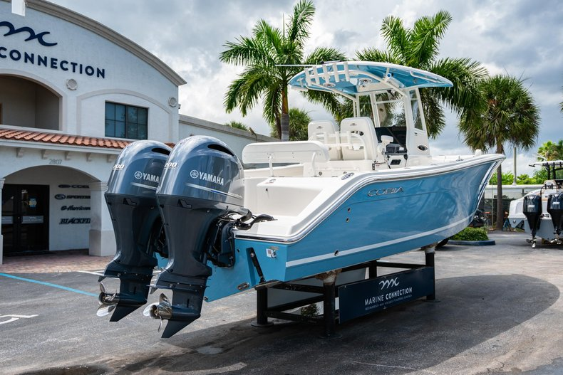 Thumbnail 7 for New 2020 Cobia 280 Center Console boat for sale in West Palm Beach, FL