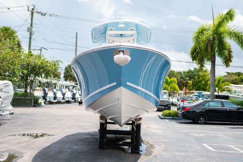 Thumbnail 2 for New 2020 Cobia 280 Center Console boat for sale in West Palm Beach, FL
