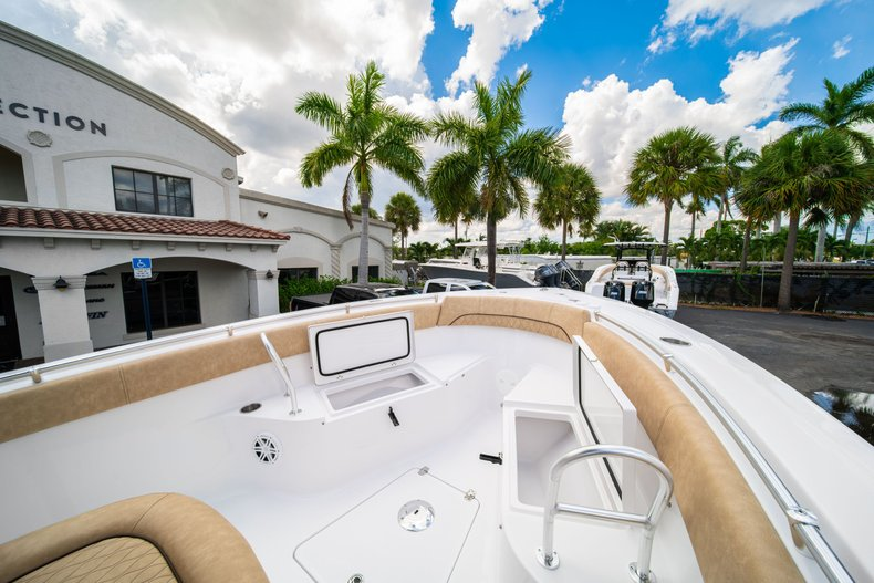 Thumbnail 39 for New 2020 Sportsman Open 252 Center Console boat for sale in Miami, FL