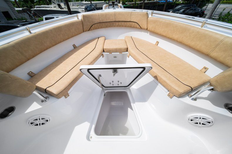 Thumbnail 44 for New 2020 Sportsman Open 252 Center Console boat for sale in Miami, FL