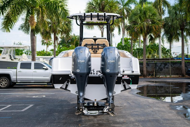 Thumbnail 6 for New 2020 Sportsman Open 252 Center Console boat for sale in Miami, FL
